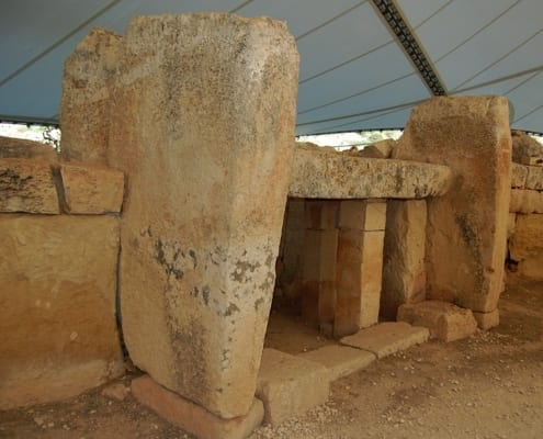 Mnajdra Temples Heritage Malta - MaltaDiscountCard - Visit Malta and Gozo Tourist guide restaurants attractions history diving and more. Malta map discount pass for holiday in sunny weather